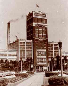 The Wurlitzer factory in North Tonawanda, New York, circa 1966.
