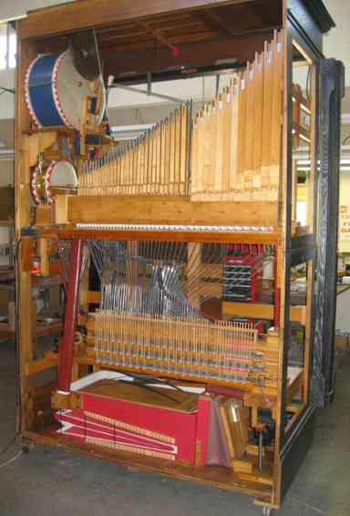 Rear interior view of the restored Philipps Model 40 Pianella.