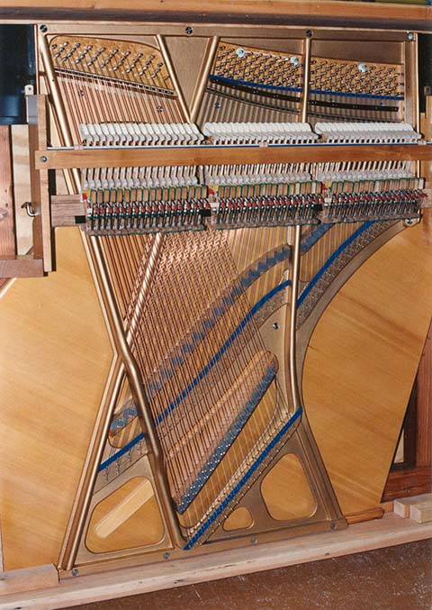 Piano action and harp in Gavioli Piano Quartette.