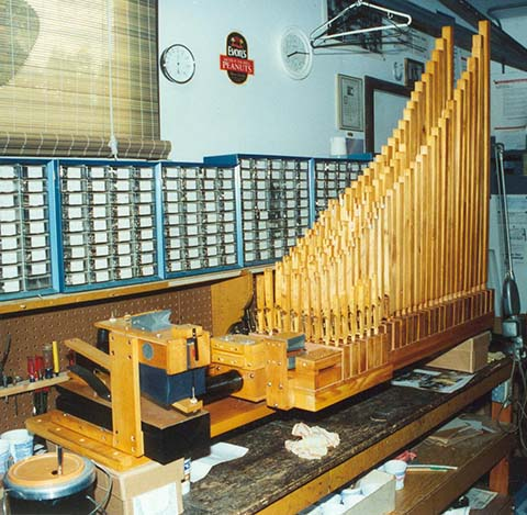 Pipework in Philipps Model 3 Keyboard Style Paganini.