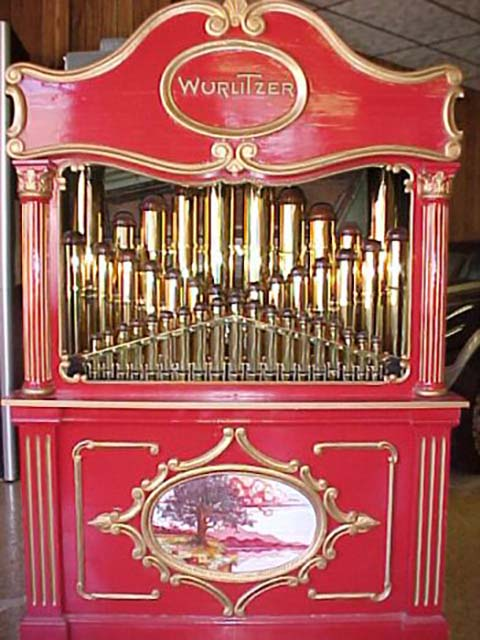 Wurlitzer Caliola with brass pipes.