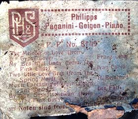 Philipps music roll box label for Paganini roll No. 8149.